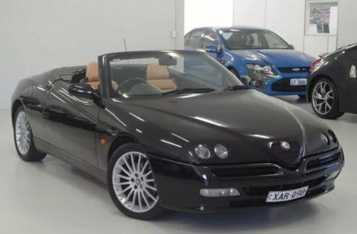 Alfa Romeo Spider >> 1998 Alfa Romeo Spider Twin Spark Black 5 Speed Manual Convertible